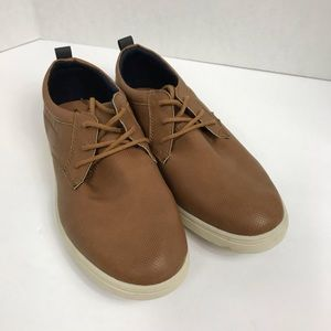 Steve Madden Bnick Brown Lace Up Shoes